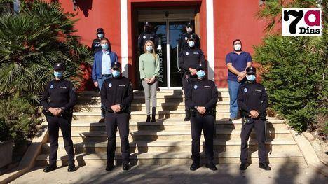 V/F El Ayuntamiento da la bienvenida a cuatro policías locales