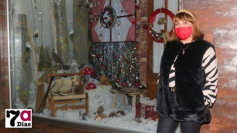 FOT. Calzados Carmen gana el concurso de escaparates