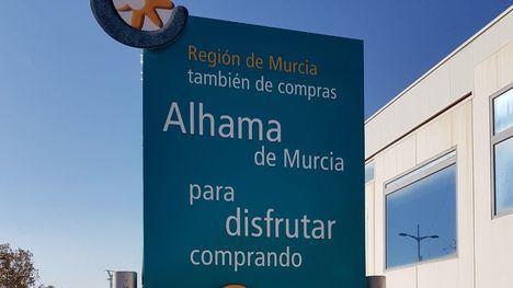 FOT. Renovado el totem de bienvenida a Alhama
