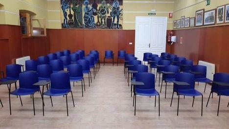 Renovadas las sillas del aula de Lenguaje Musical