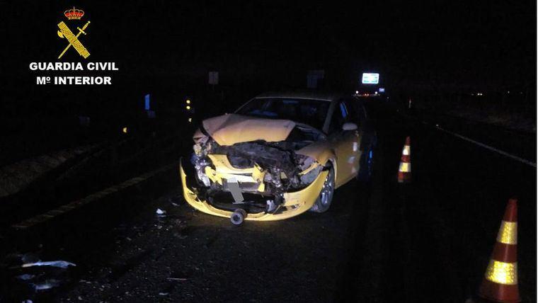 Provoca un accidente al conducir ebrio y en sentido contrario
