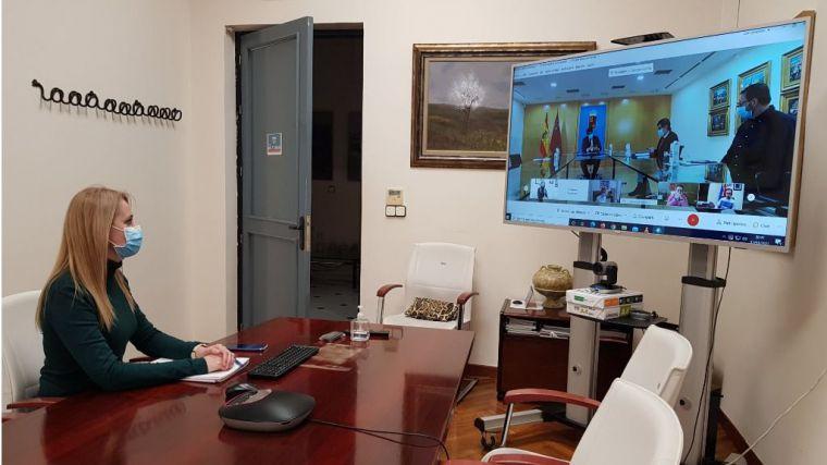 Dudas y ambigüedades, tras la reunión con López Miras