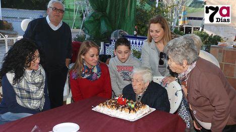 Celebración del 104 cumpleaños de Elisa Márquez en 2019