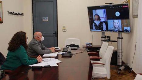FOT. Reunión de trabajo sobre la rehabilitación del Castillo